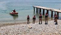 Göçmen kaçakçıları güvenlik koridorunu aşmak için Van Gölü'ne yöneldi