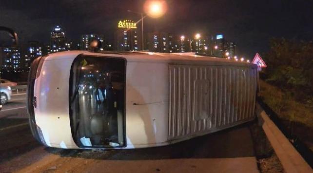 TEM Otoyolunda kaza: Trafikte yoğunluğa neden oldu