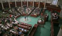 Tunus Başbakanı kabinede revizyona gideceğini açıkladı