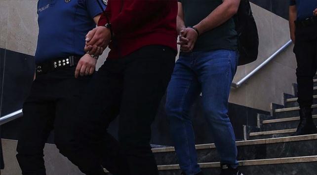 FETÖ şüphelilerine operasyon: 28 gözaltı