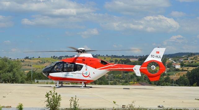 Ambulans helikopter kalp krizi geçiren hasta için havalandı