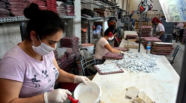 Atıklardan mozaiğe dönüşüyor, ülkeye 1 milyon dolarlık katkı sağlıyor