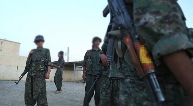 Suriyede terör örgütü PKK/YPGnin eğitim dayatmasına bölge halkından tepki