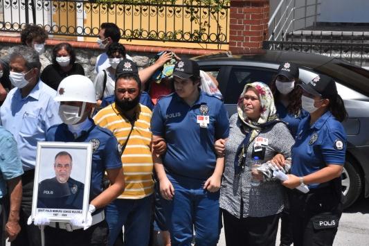 Trafik kazası sonucu şehit olan polis memuru, Muğlada son yolculuğuna uğurlandı