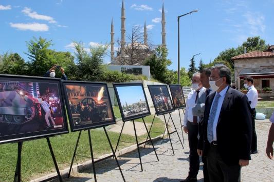 Selimiye Meydanında 15 Temmuz sergileri açıldı
