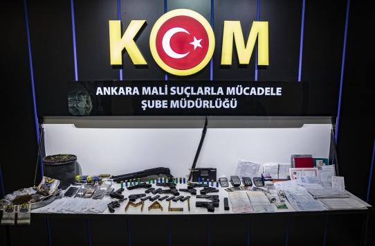 Ankarada taksicileri borçlandıran tefecilere operasyon: 25 gözaltı