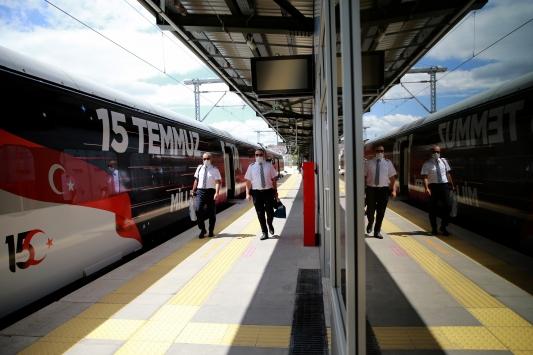 15 Temmuz Demokrasi ve Milli Birlik Treni, ilk seferinde Ankaradan hareket etti