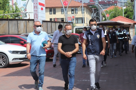 Bartında aranan kişilere yönelik operasyonda 5 kişi tutuklandı
