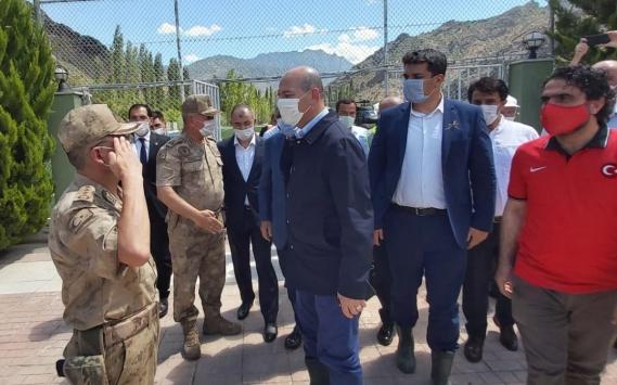 İçişleri Bakanı Soylu, Artvindeki sel bölgesinde incelemede bulundu