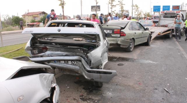 Aksarayda zincirleme trafik kazası: 9 yaralı