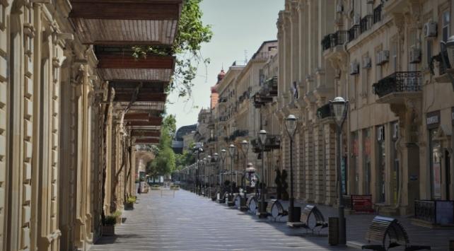 Azerbaycanda koronavirüs vakaları artıyor