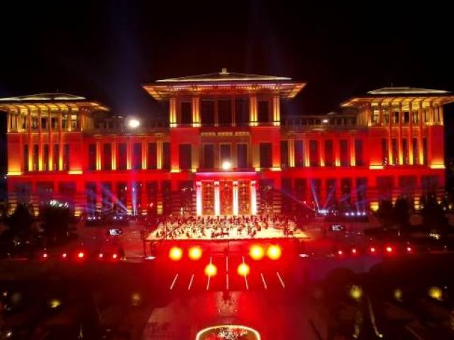 Cumhurbaşkanlığı Külliyesinde 15 Temmuza özel konser