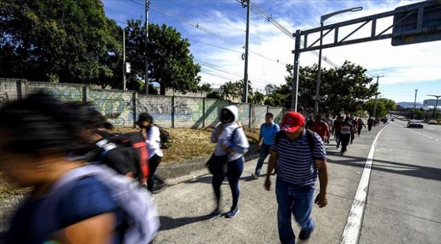 Meksika ve ABD, salgın nedeniyle sınırlarını 21 Ağustosa kadar kapattı