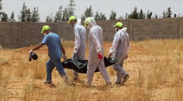 Libyadaki toplu mezarlardan 40 günde 225 cansız beden çıkarıldı