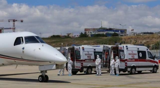 Kırgızistandan 4 Türk hasta yurda getirildi