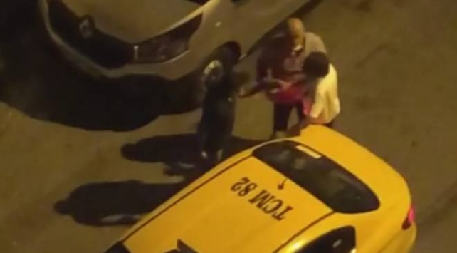 Müşterisini yumruklayan taksicinin belgesi iptal edildi