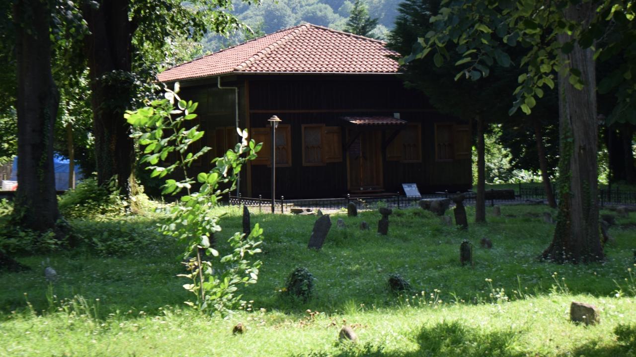Düzcenin çivisiz camileri