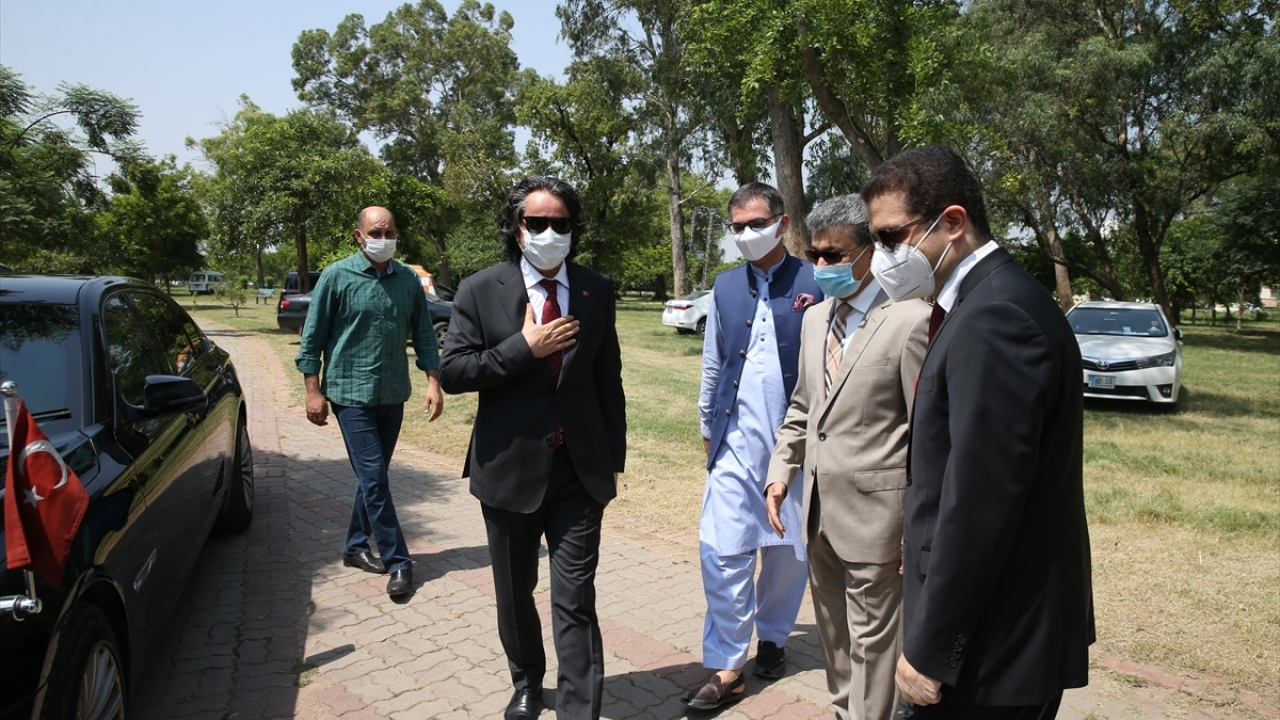 15 Temmuz şehitleri için Pakistanda 251 fidan dikildi