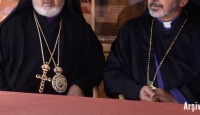İsrail'den 5 Piskoposa Yasak