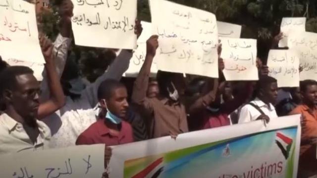 Libya'ya paralı asker olarak götürülen Sudanlı gençler BAE'den özür bekliyor