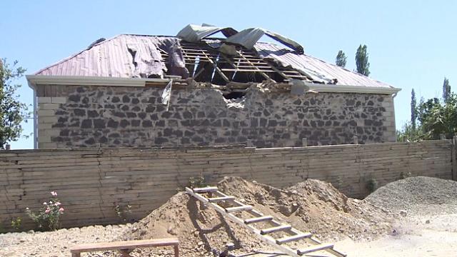 Ermenistan'ın sivil yerleşimlere verdiği zararı TRT Haber görüntüledi
