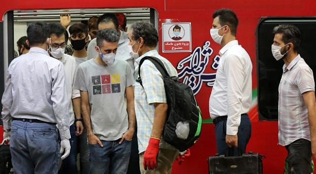 Tahranda toplu taşıma araçlarına maskesiz binilemiyor