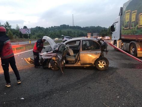 Sakaryada zincirleme trafik kazası: 2 ölü, 4 yaralı