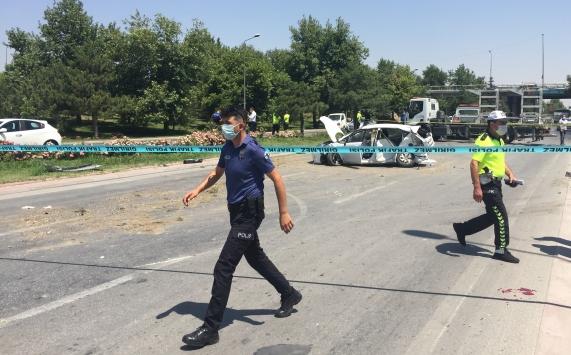 Konyada taksi ile otomobil çarpıştı: 1 ölü, 5 yaralı