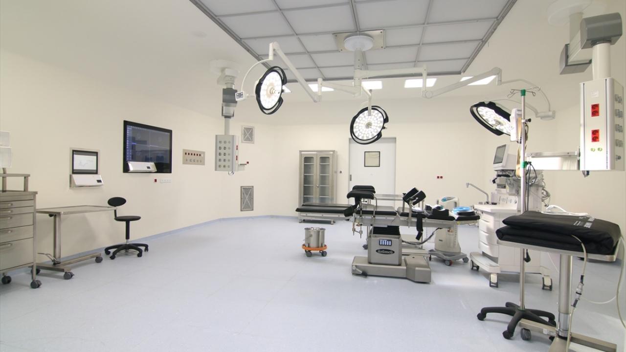 Necip Atay, Konya Şehir Hastanesinin 862 yataklı ilk etabının, 1 Temmuz`dan itibaren açılış için hazır hale getirildiğini aktardı.