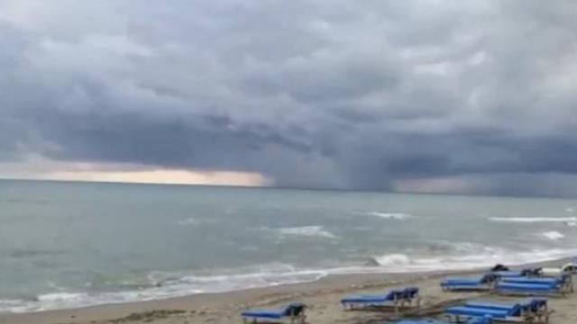 Karadeniz'de çıkan hortum böyle görüntülendi