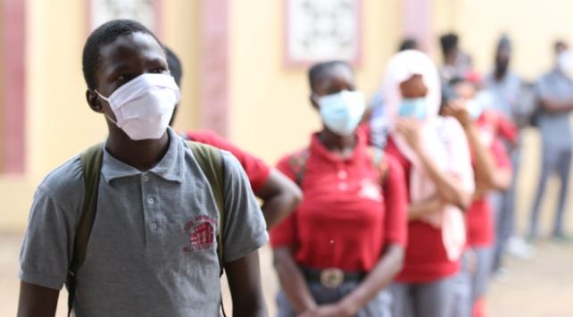 Afrikada bir günde 20 bini aşkın COVID-19 vakası görüldü