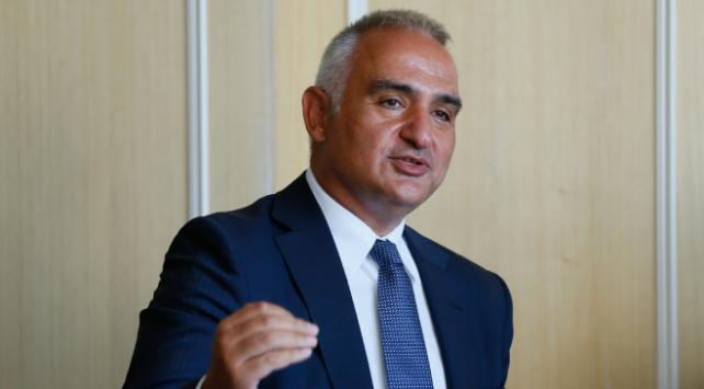 Bakan Ersoy: Mavi bayrakta dünya birincisi olmamız işten bile değil