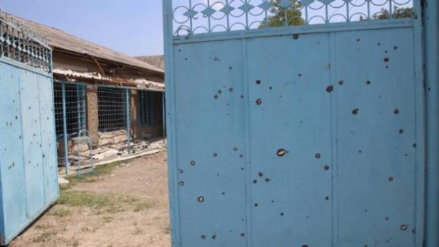 Azerbaycanlılar, Ermenistan ordusunun saldırılarına rağmen evlerini terk etmiyor