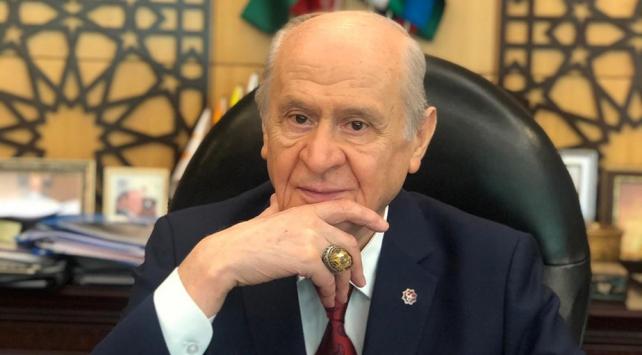 """MHP Genel Başkanı Bahçeliden """"Ayasofya Camii"""" yüzüğü"""