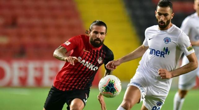 4 gollü maçta ne Gaziantep ne Kasımpaşa
