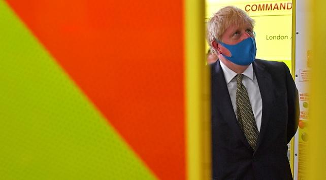 İngiltere Başbakanı Johnson, ikinci bir toplu karantinayı ihtimal dışı bıraktı