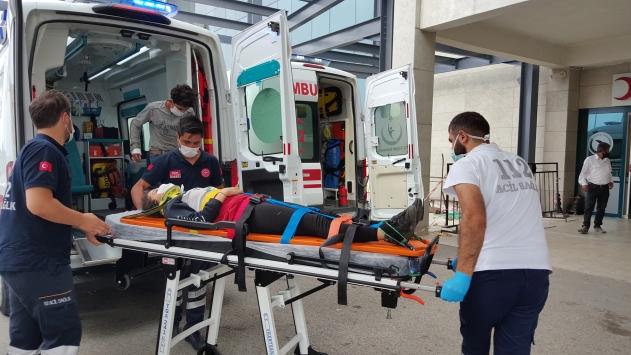 Fındık işçilerini taşıyan traktör devrildi: 9 yaralı