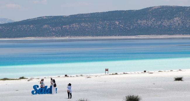 Burdur Valisi Arslantaş: Salda Gölümüzün suyu içilebilir