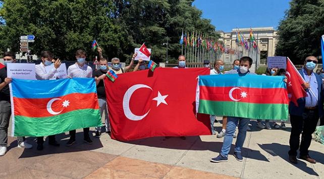 BM Cenevre Ofisi önünde Ermenistanın saldırıları protesto edildi