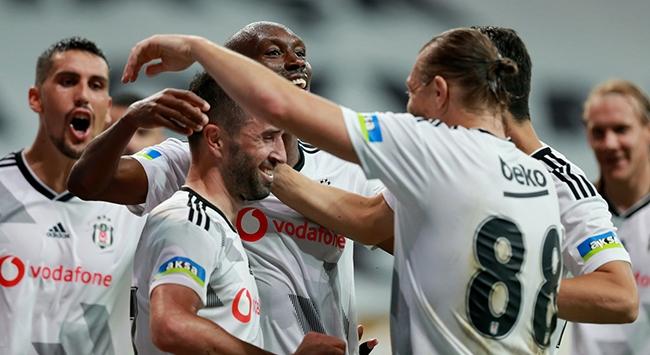 Beşiktaş üçüncülük umudunu son haftaya taşıdı