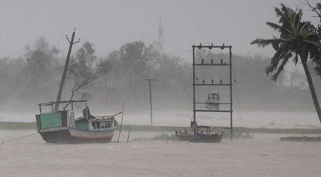 Bangladeşteki sellerde ölü sayısı 79a yükseldi