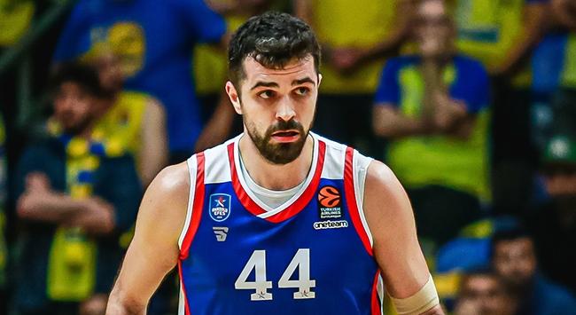 Anadolu Efes Krunoslav Simonun sözleşmesini uzattı