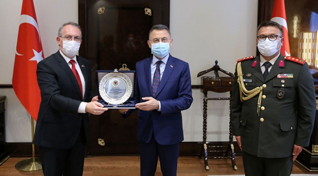 Fuat Oktay, KKTCnin Ankara Büyükelçisi Köprülüyü kabul etti