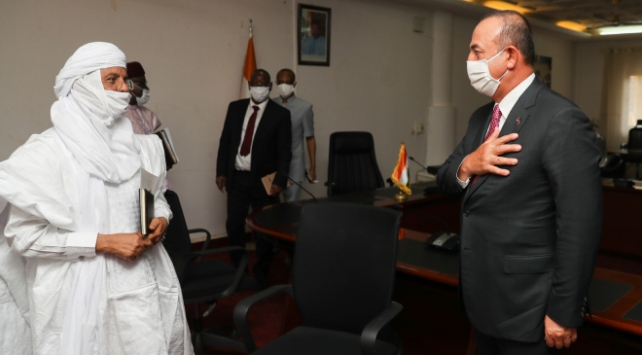 Dışişleri Bakanı Çavuşoğlu ile Nijer Başbakanı Rafini görüştü