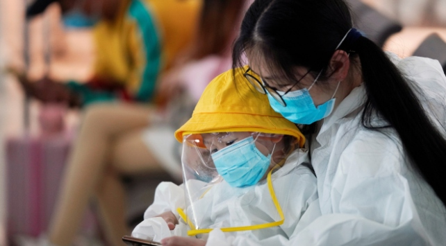 Çinde 14, Güney Korede 63 yeni COVID-19 vakası görüldü