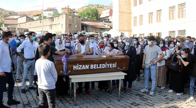 Pınar Gültekinin cenazesi Bitliste defnedildi
