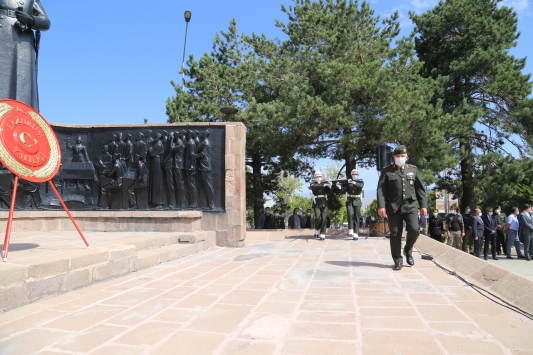 Erzurum Kongresinin 101. yıl dönümü törenle kutlandı