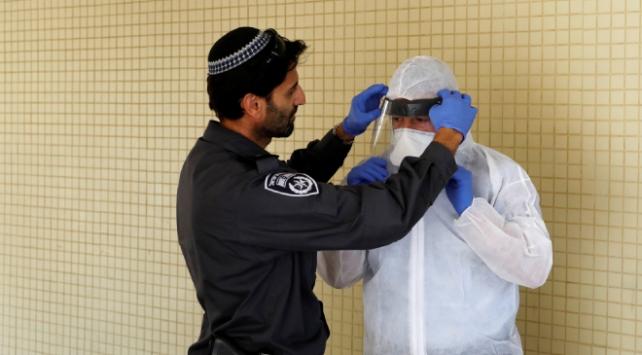 İsrailde en yüksek günlük vaka sayısı kaydedildi