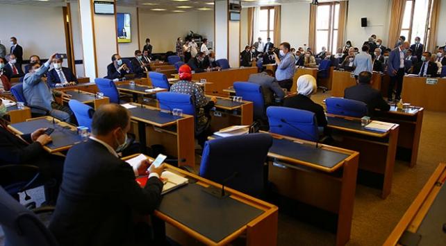 Sosyal medya düzenlemesi TBMM Adalet Komisyonunda