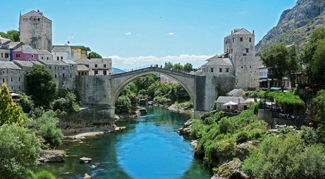 Mostar Köprüsünün yeniden açılışının 16. yılı